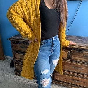 Mustard yellow knitted cardigan (knee length)